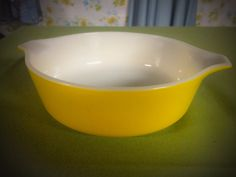 Vintage 1960's 1 Pint Pyrex Yellow Cinderella Casserole Bowl With Handles #471 by GinchiestGoods on Etsy