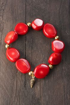 Red Coral Nugget bracelet by MartaDissenys on Etsy, €16.00
