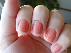 subtle pattern Makeup Tips, Hair Makeup, Subtle Nails, Nail File, Pretty Nails, Hair Beauty, Make Up, Polish, Pattern