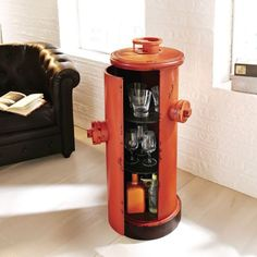 Schrank Hydrant, Used Look Katalogbild
