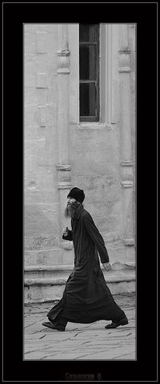 Orthodoxy in pictures Religion, Orthodox Christianity, Photographs Of People, The Monks, Christian Church, Sufi, Landscape Photos, Priest, Spirituality
