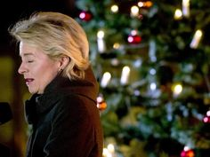 Eigentlich wollte Ursula von der Leyen mit den Soldaten in Afghanistan Weihnachten feiern. Foto: John Macdougall
