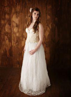 Vintage ivory lace wedding dress,unique wedding dress,boho w Rustic Wedding Gowns, Ivory Lace Wedding Dress, Fairy Wedding Dress, Wedding Dresses, Wedding Vintage, Wedding Ideas, Special Dresses, Unique Dresses, Vintage Dresses