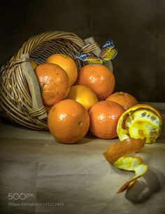 Basket of oranges by elifineartphoto