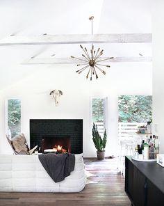 Bright Scandinavian-Inspired Home #livingroom #catskills #homedecor #interiordesign