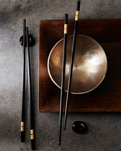 ~ Living a Beautiful Life ~ Donna Karan Home Two Chopsticks! Color Flatware - Flatware - Tabletop - Home - Neiman Marcus Asian Home Decor, Diy Home Decor, Japanese Table, Japanese Food, Chopstick Rest, Sterling Silver Flatware, Chinese Element, Deco Table, Chopsticks