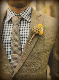 Groom in tweed