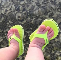 They way they put these shoes on the baby Carters Baby Girl, My Baby Girl, Mom And Baby, Baby Kids, Toddler Boys, Cute Baby Pictures, Baby Photos, Baby Girl Shoes, Girls Shoes