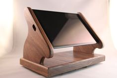 Black Walnut iPad Mini Stand with Swivel Base for Square, and other POS card rea… - Wood Workings Wood Projects, Woodworking Projects, Woodworking Quotes, Tv Furniture, Bathroom Furniture, Tablet Stand, Phone Stand, Into The Woods, Diy Holz