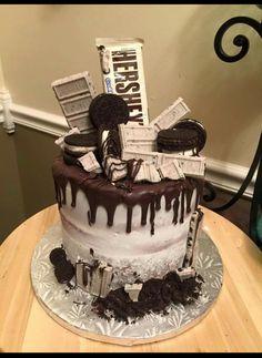 √ Cookies and Cream Cake Birthdays. 7 Cookies and Cream Cake Birthdays. Hershey S Cookies and Cream Cake Hershey's Cookies N Cream, Cake Cookies, Oreo Cookie Cake, Candy Cakes, Cupcake Cakes, Hershey Bar Cakes, Hershey Cookies, Bolo Cake, Drip Cakes