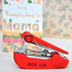 A mini sewing machine! so useful for making cards or scrapbooking, hab ich mir bestellt!