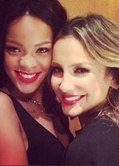 Claudia Leitte conta que ficou bêbada com Rihanna em restaurante no Brasil #Brasil, #Cantora, #ClaudiaLeitte, #CopaDoMundo, #Filha, #Fotos, #Gente, #Instagram, #Mundo, #Rapper, #Rihanna, #Single http://popzone.tv/claudia-leitte-conta-que-ficou-bebada-com-rihanna-em-restaurante-no-brasil/