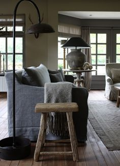 Modern Country Style: How To Create Belgian Style Interiors: Pre-Loved Pieces Click through for details. Modern Country Style, Country Style Homes, French Country, Country Chic, Living Room Grey, Home And Living, Living Rooms, Family Rooms, Belgian Style