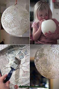 Home Diy Lamp Tutorials Ideas Diy Home Crafts, Creative Crafts, Fun Crafts, Diy Home Decor, Lampe Crochet, Doily Art, Doilies Crafts, Paper Doily Crafts, Deco Luminaire