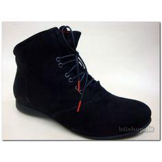 Farbe: schwarz    Oberleder: Calf  Nubuk Futter: Textil 80%Polyesther 20% Wolle Sohle: Latex Fußbett: WECHSELBARE Kork-Latex-Bettung Reißverschluss + Schnüren EXTRAWEICH!!!  Der Schuh ist  für lose Einlagen geeignet ! The inner sole is replaceable The shoes are suitable for orthopedic soles #THINK #DamenStiefeletten #damenSchuhe #Stiefeletten
