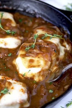 Smothered Pork Chops in a cast iron skillet. Smothered Pork Chops in a cast iron skillet. Pork Chops Cast Iron, Skillet Pork Chops, Pork Loin Chops, Boneless Pork Chops, Dutch Oven Pork Chops, Baked Pork Chops, Cast Iron Skillet Cooking, Iron Skillet Recipes, Cast Iron Recipes