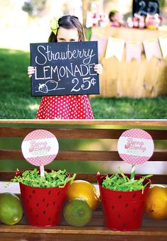 """Berry+Cute""+Strawberry+Lemonade+Stand!"