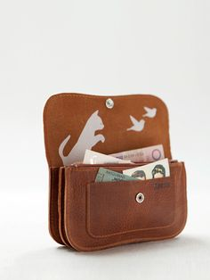 Webshop - Keecie Cat Chase wallet medium Cognac Used look