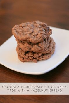 Chocolate chip and oatmeal hazelnut cookies made with Nocciolata.