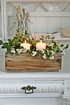 Beautiful Christmas centerpiece by Vibeke Design