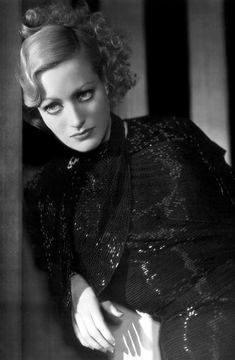 Joan Crawford in This Modern Age (Nicholas Grinde, 1931). Photo by George Hurrell.