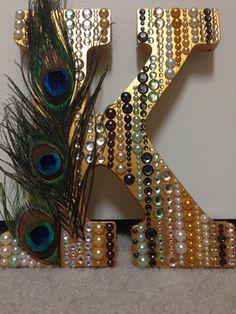 Arts and Krafty :) Peacock, Christmas Stockings, Symbols, Crafty, Lettering, Website, Holiday Decor, Home Decor, Art