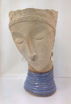 Cookie Scottorn is a Ceramic artist, making planters and sculptures. Sculpture Head, Pottery Sculpture, Human Sculpture, Ceramic Figures, Ceramic Artists, Ceramic Clay, Ceramic Pottery, Advanced Ceramics, Head Planters