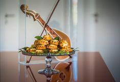 Λυχναράκια Κρητικά Dairy, Easter, Cheese, Food, Decor, Decoration, Decorating, Dekoration, Meals