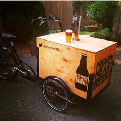 #nitrocoffee Food Cart Design, Food Truck Design, Mobile Cafe, Fb Mobile, Beer Bike, Mobile Food Cart, Bike Cart, Bike Food, Ice Cream Cart
