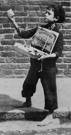 Match Seller, Greenwich London No Shoes. Peddlers and Newsboys in the show. The poverty of London. Victorian Life, Victorian London, Vintage London, London 1800, Victorian History, Victorian Photos, South London, Vintage Pictures, Old Pictures
