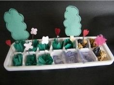 Adorable mini garden craft use cheap ice cube trays to go with Spring Book The Ugly Vegetables from 16 Books with Free Matching resources at Bed Rested Teacher Kids Crafts, Garden Crafts For Kids, Craft Activities For Kids, Garden Ideas, Craft Ideas, Spring Books, Egg Carton Crafts, Plantar, Miniatures