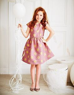 Fun little party dress.  Could dress it down using different fabric.
