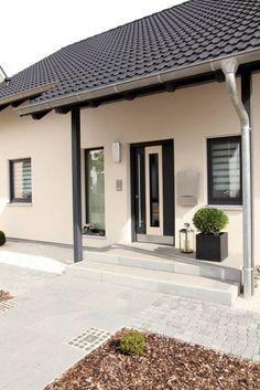 Puertas y ventanas de estilo moderno por FingerHaus GmbH