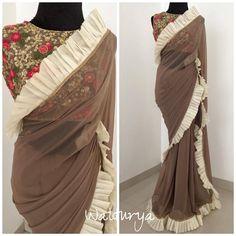 Embroidery Dress Diy Sweets Ideas For 2019 Indian Dresses, Indian Outfits, Pakistani Dresses, Organza Saree, Net Saree, Chiffon Saree, Plain Saree, Simple Sarees, Stylish Sarees