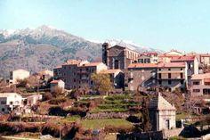 Région du Taravo - Cozzano est une commune française située dans le département de la Corse-du-Sud et la région Corse. Elle appartient à la microrégion du Taravo.