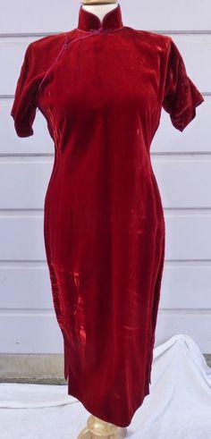 Beautiful Vintage Red Velvet Asian Chinese Cheongsam Qipao dress
