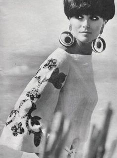 60s sleeves! | So '60's | Bloglovin' I really like the flared sleeves.