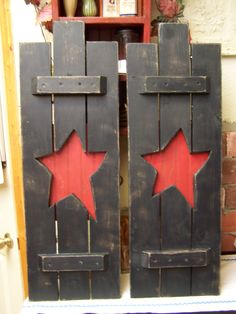 Primitive shutters  American Primitive Furnishings