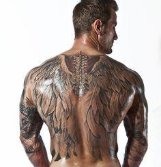 TATTOOS ALUCINANTES Tenemos los mejores tattoos y #tatuajes en nuestra página web tatuajes.tattoo entra a ver estas ideas de #tattoo y todas las fotos que tenemos en la web. Tatuaje en al Espalda #tatuajeEspalda