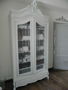 beautiful weathered cabinet, chicken cage wire mesh door, striped fabric for the . Refurbished Furniture, Upcycled Furniture, Furniture Makeover, Painted Furniture, Home Furniture, Annie Sloan Furniture, Grande Armoire, Condo Living, French Decor