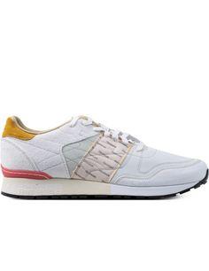 timeless design f02d0 eee0b Reebok GARBSTORE x Reebok White Jadite Coral Classic Leather 6000 Sneakers