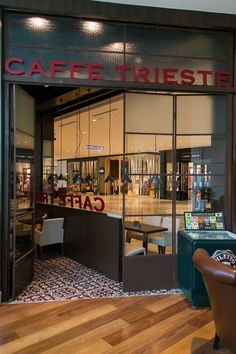 Caff Trieste Illy Caff, Curitiba, 2013 - Daniel Vangelista