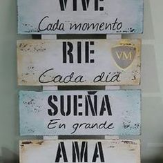 Positive Phrases, Motivational Phrases, Rustic Farmhouse Decor, Spanish Quotes, Diy Art, Home Deco, Ideas Para, Wood Signs, Decoupage