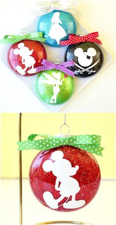 Gorgeous DIY Disney Silhouette Glitter Ornaments diy crafts 20 Creative DIY Disney Christmas Ornaments Anyone Can Do Disney Christmas Crafts, Disney Diy Crafts, Disney Christmas Decorations, Mickey Mouse Christmas, Diy Christmas Tree, Holiday Crafts, Disney Holidays, Mickey Mouse Ornaments, Felt Christmas