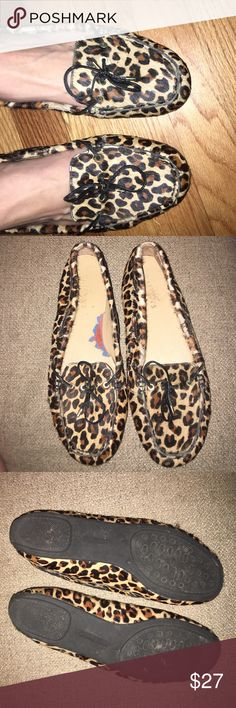 Talbots Cheetah print flats! The inside of the right shoe is torn. Could be easily fixed by adding an insert. In good condition overall! Talbots Shoes Flats & Loafers