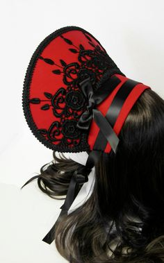 Beautiful Black Victorian Kuro Gothic and Lolita Rose Bonnet - Made to Order, via Etsy. Victorian Gothic, Gothic Lolita, Lolita Style, Victorian Dresses, Vintage Gowns, Vintage Clothing, Lolita Fashion, Gothic Fashion, Steampunk Festival
