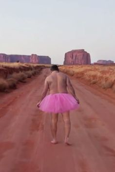 Husband takes silly pictures in a tutu to keep up the spirits of his cancer-stricken wife  → http://youtu.be/FF_m6HBPufA