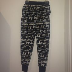 Forever 21 city skinny sweats doesn't look nice on me. never worn w/ no price tag Forever 21 Pants