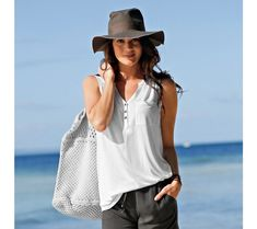 Top s tuniským výstrihom Top Mode, Panama Hat, T Shirt, Hats, Products, Fashion, Sleeve, Womens Fashion, Fashion Ideas