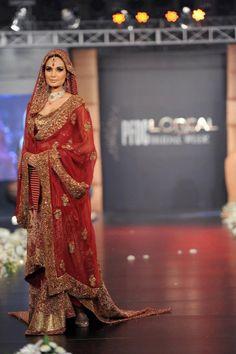 Latest Pakistani Bridal Wear Deep Red shirt Sharara BC 02 Mom likes this one Simple Pakistani Dresses, Pakistani Bridal Dresses, Indian Dresses, Indian Outfits, Pakistani Clothing, Pakistani Outfits, Pakistani Bridal Couture, Pakistani Bridal Makeup, Oriental Fashion